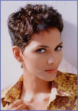 Coupes de stars toutes les modeles et sytles de coiffures de halle berry photos grande resolution - Coupe courte halle berry ...