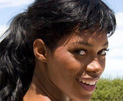 ... photos coiffure <b>Jessica White</b> frange - Jessica-White-frange